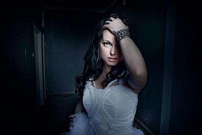 Dark Sarah